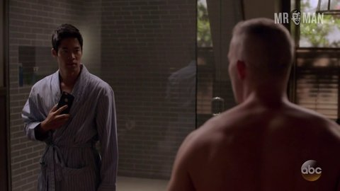 Quantico 02x04 tovey hd 01 large 3