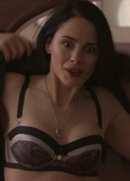 Nude pictures of laura fraser