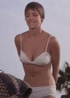 Elizabeth james 2891fb35 biopic