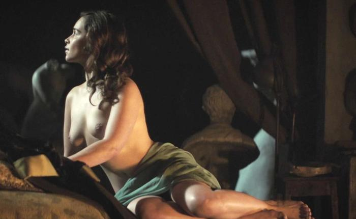 Rebecca Van Cleave Nude Pics