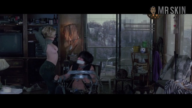 Boysontheside barrymore hd 01 large thumbnail 3 override