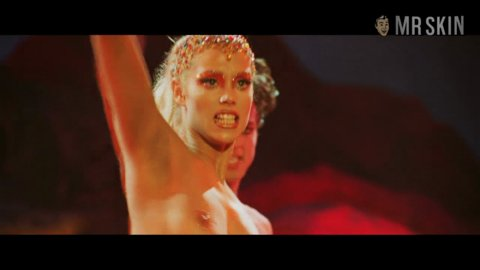 Showgirls berkely hd 06 large 3