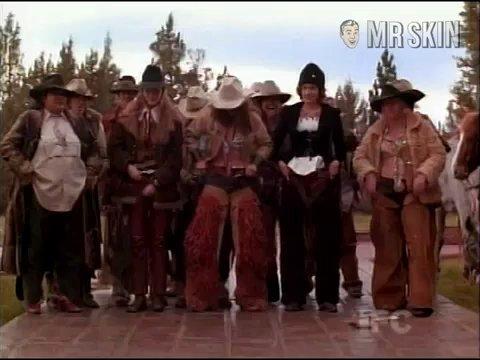 Cowgirls phoenix 01 frame 3
