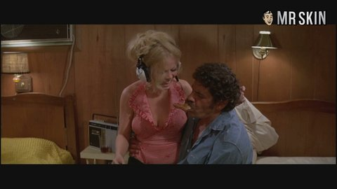 What Sally struthers nude sex scene