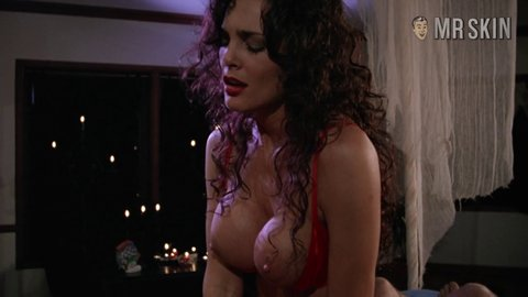 Sorceress juliestrain toninaples hd 03 large 2