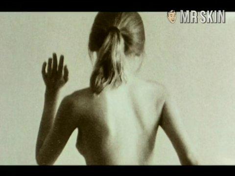 Laura dunlop2a cmb frame 3