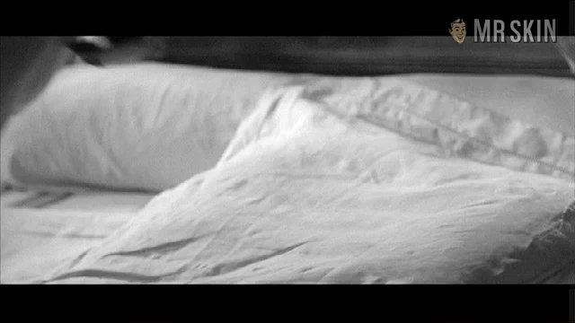 Lovers moreau 01 frame 3