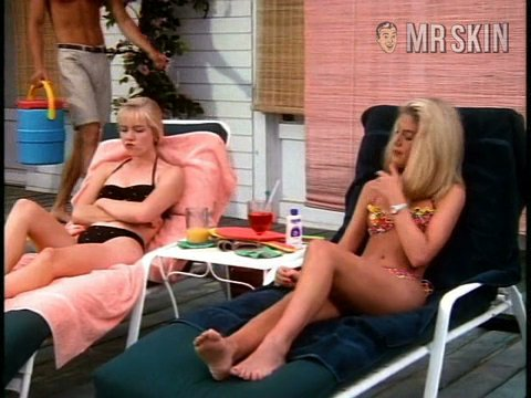90210 se02 ep27 spelling1 large 3