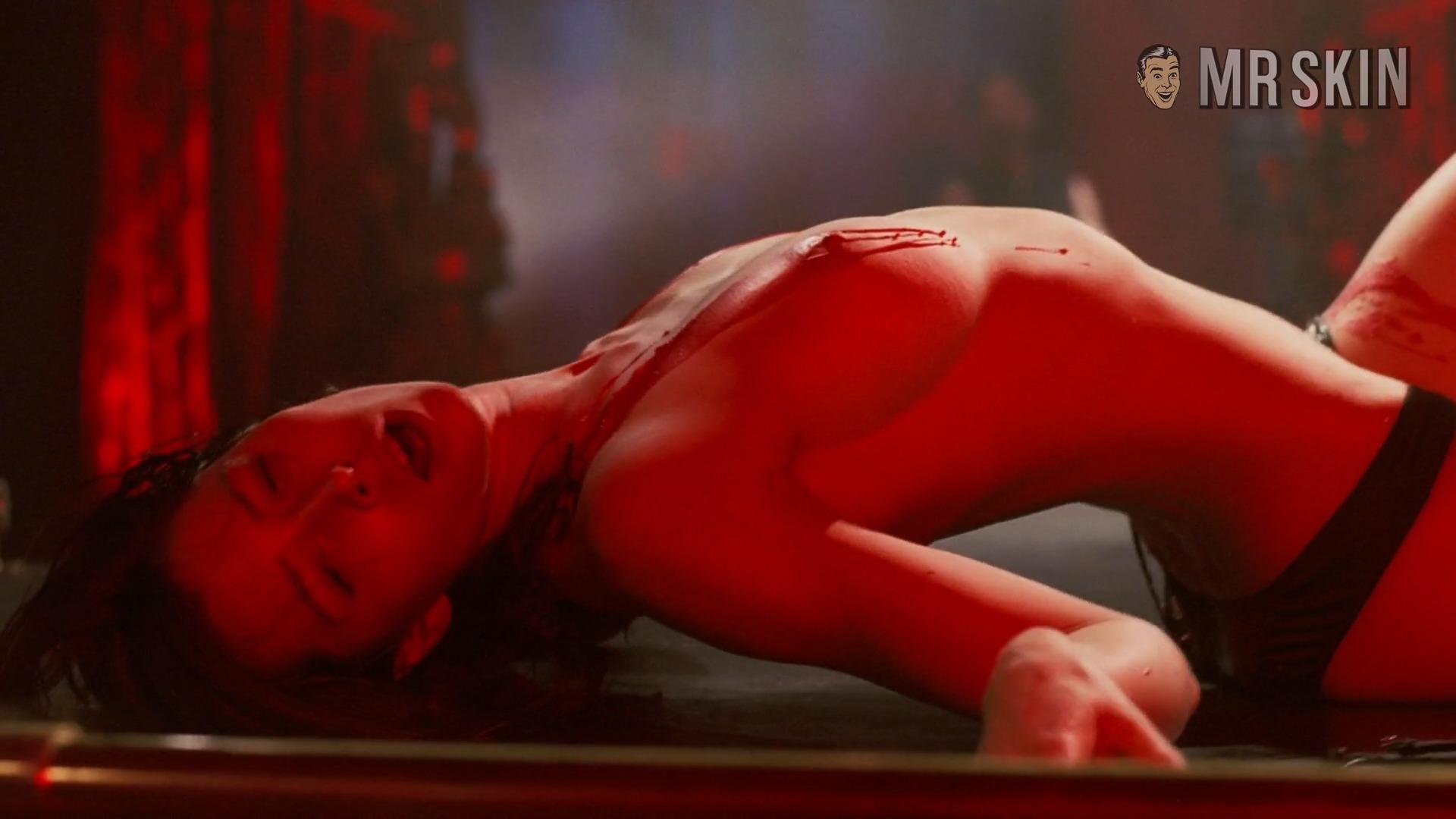 Major booty tits
