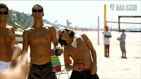 Beachkings cavallari 1 large 3