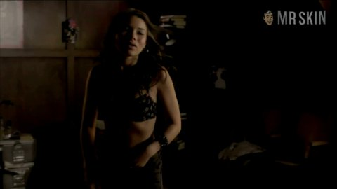 Jessica Parker Kennedy Nude Naked Pics And Sex Scenes At Mr Skin