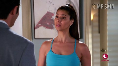 Deviousmaids 03x07 roselynsanchez hd 02 large 3