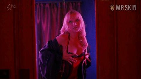 Topless Emily Berrington nude (68 pics) Feet, Snapchat, cameltoe