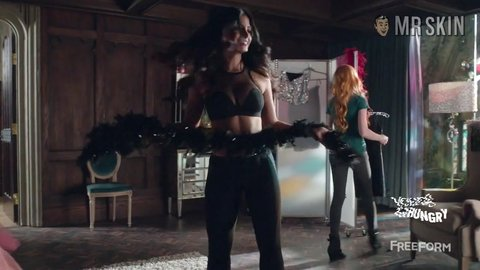 Shadowhunters 01x04 emeraudetoubia hd 02 large 3