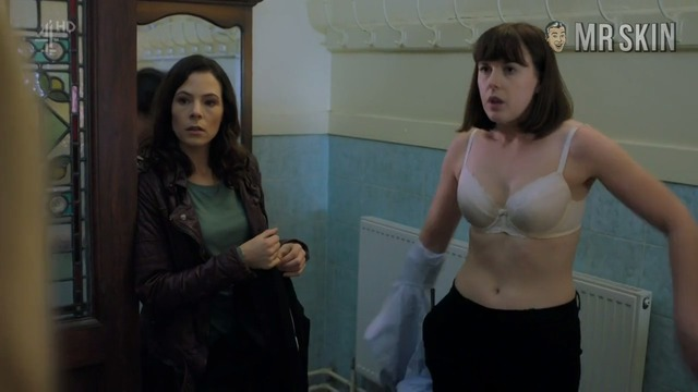Nooffence3x01 roach hd 01 large thumbnail 3 override