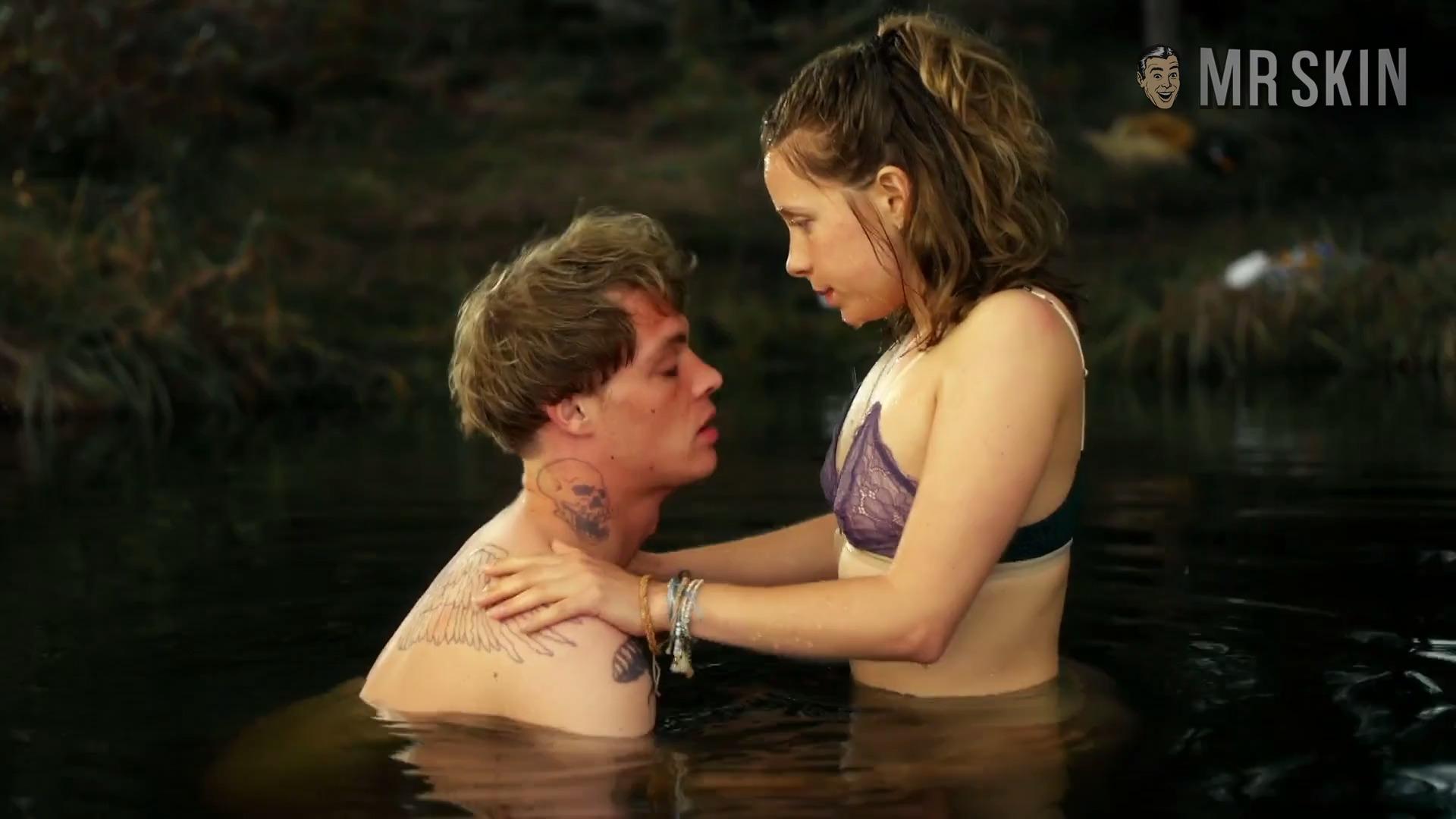 Alyssa Milano Nua lena klenke nude - naked pics and sex scenes at mr. skin